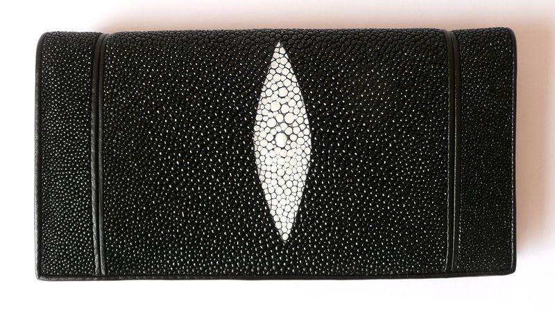 Peněženka z rejnočí kůže černá velká Slim & Gum 034