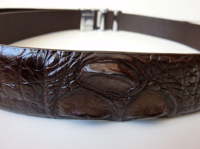 Opasek z krokodýlí kůže tmavě hnědý