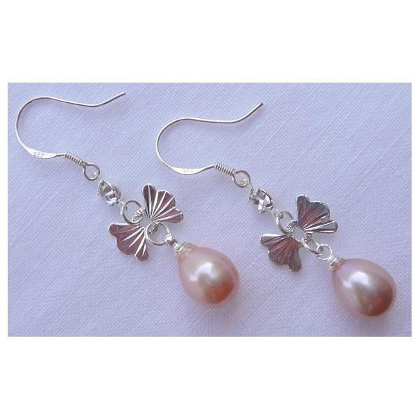 Náušnice s mořskými perlami růžové s mašličkou